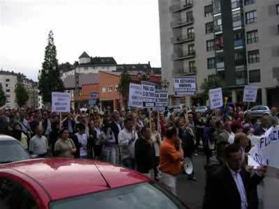 Los vecinos del Noroeste salen a la calle para exigir accesos